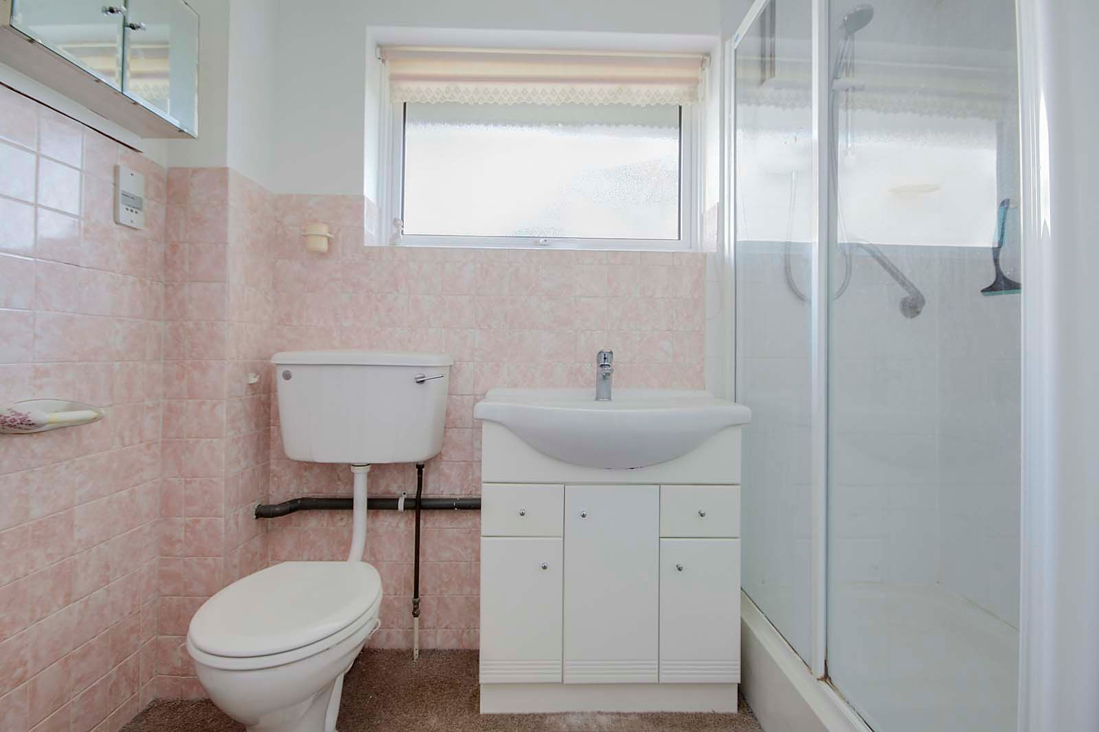 3 bed house for sale in Copse View 11