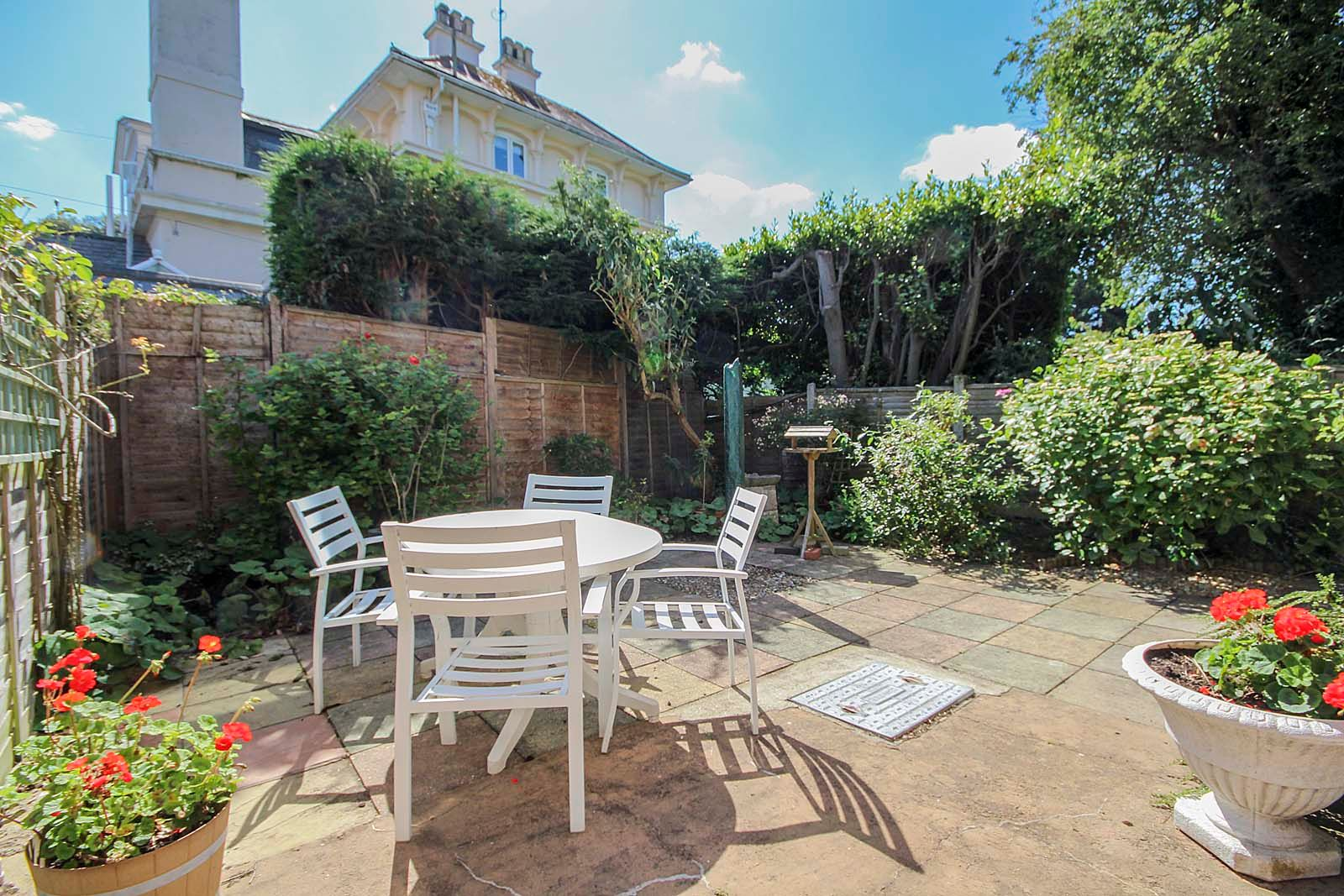 3 bed house for sale in Copse View 3