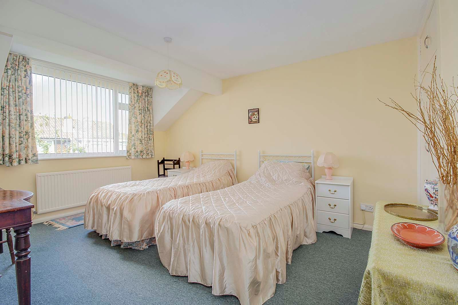 3 bed house for sale in Copse View 7