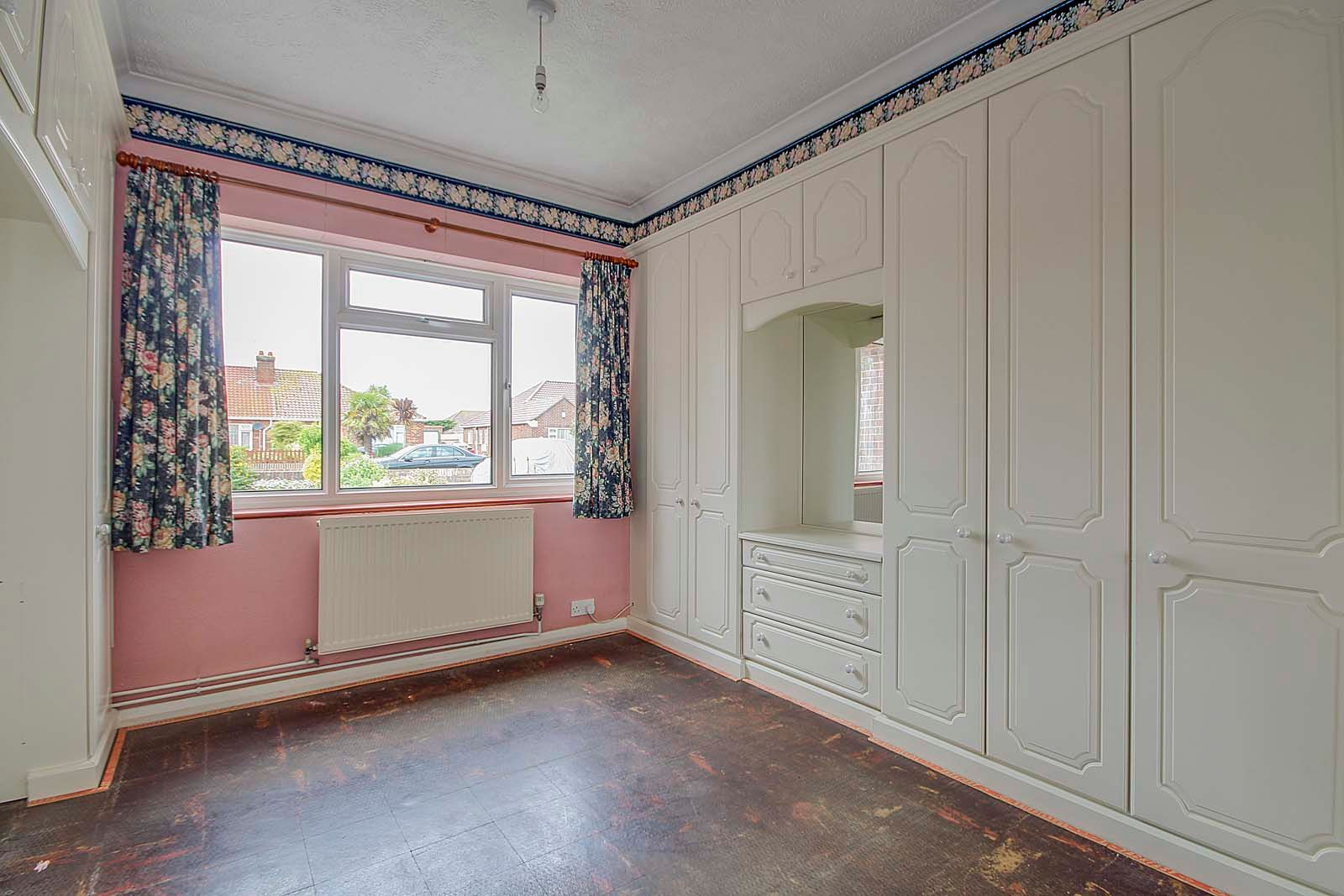 3 bed bungalow for sale in Melrose Close 5