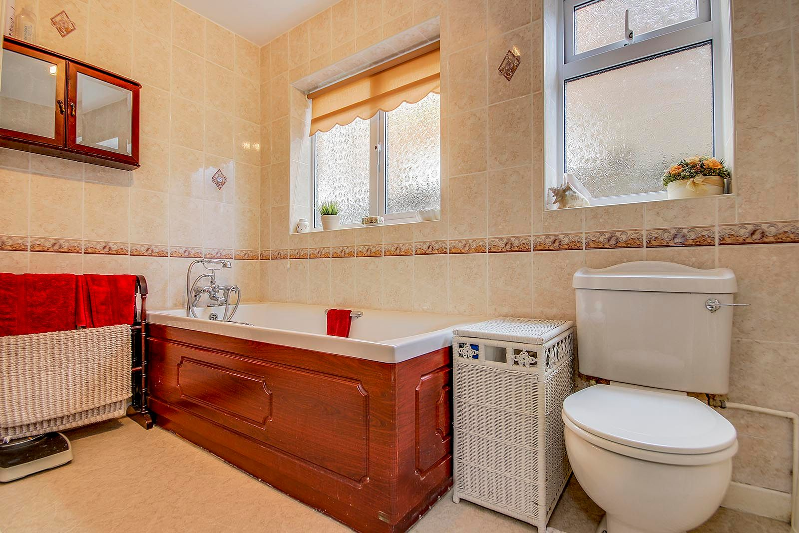 2 bed bungalow for sale in Banstead Close COMP AUG 2019 11
