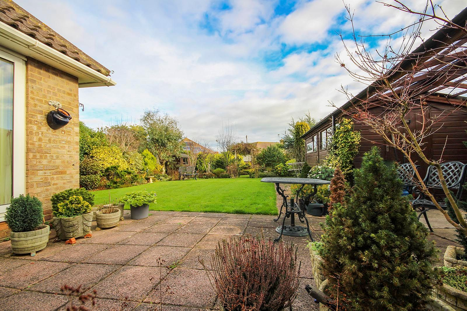 2 bed bungalow for sale in Banstead Close COMP AUG 2019 16