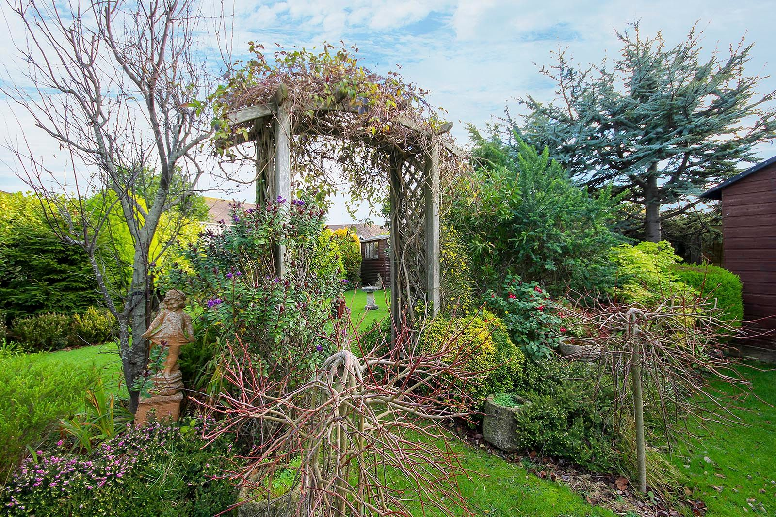 2 bed bungalow for sale in Banstead Close COMP AUG 2019 17