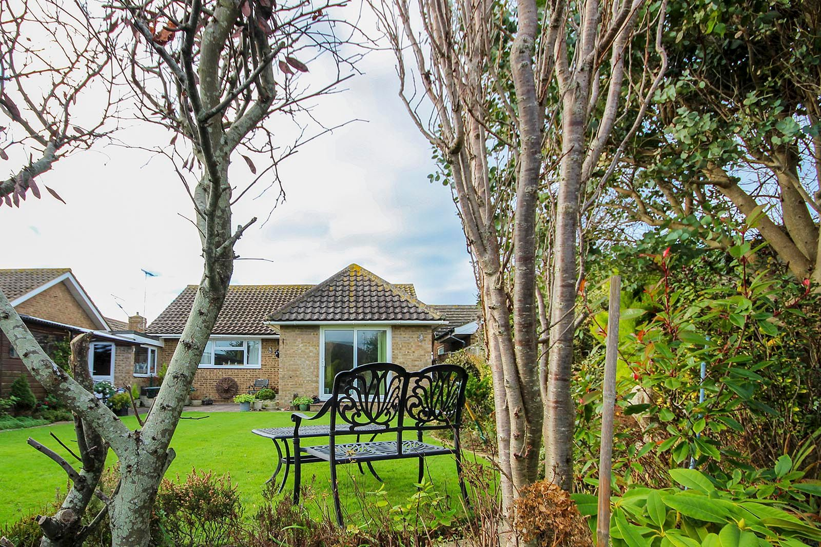 2 bed bungalow for sale in Banstead Close COMP AUG 2019 18