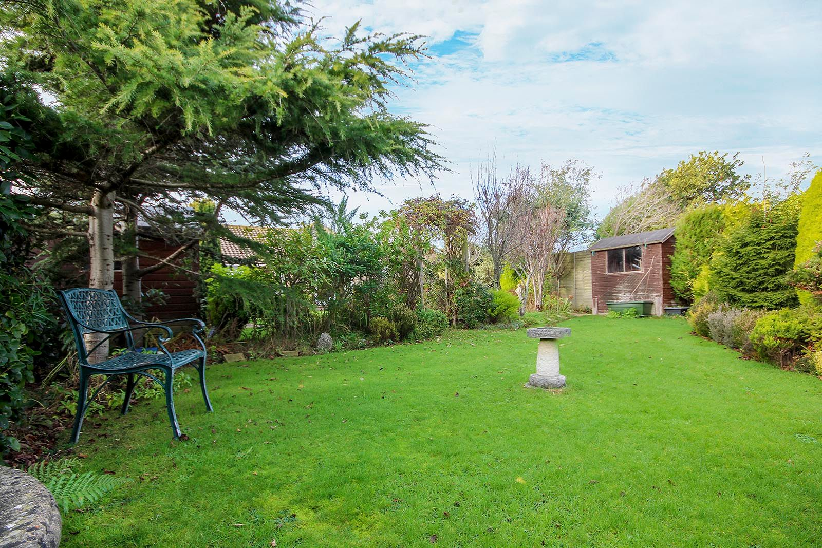 2 bed bungalow for sale in Banstead Close  - Property Image 19