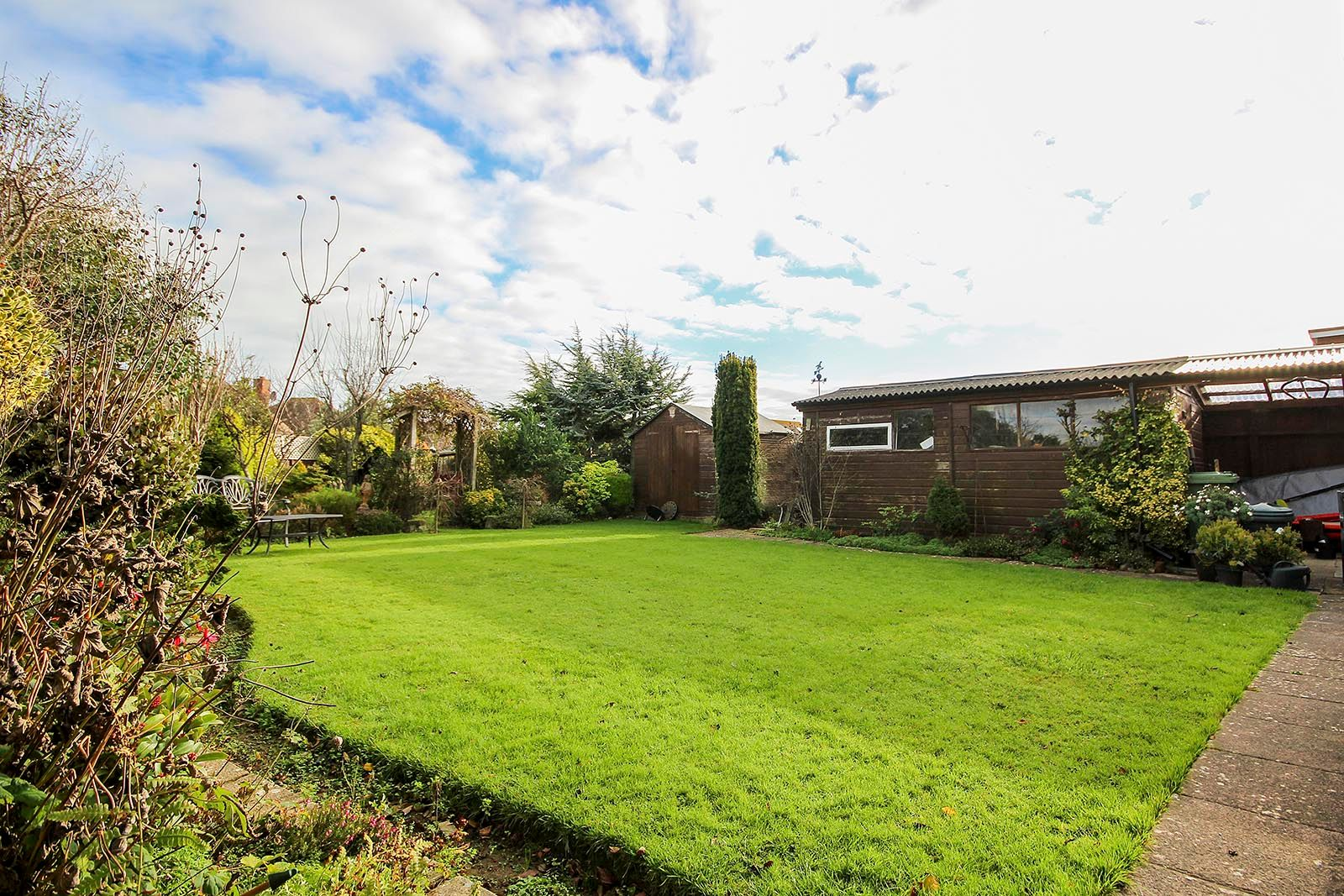 2 bed bungalow for sale in Banstead Close  - Property Image 8