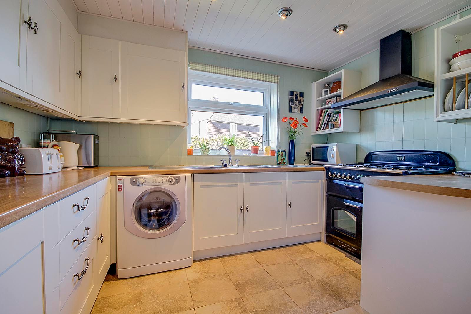 4 bed house for sale in Bellview Road 3