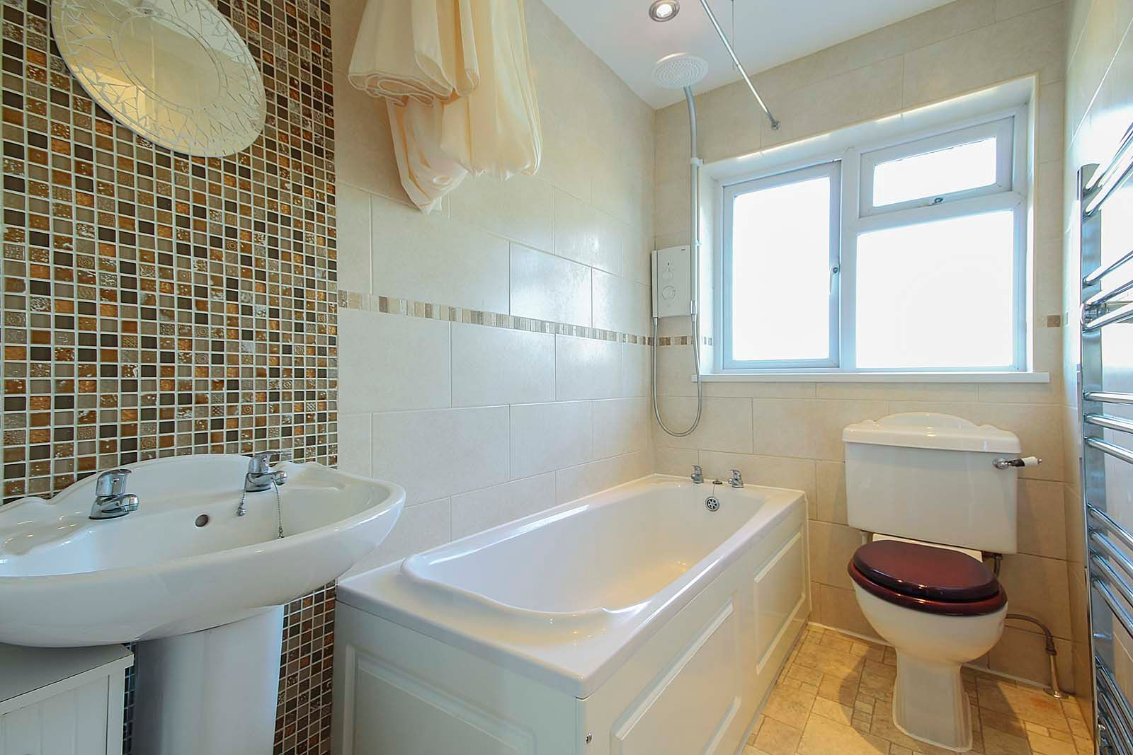 4 bed house for sale in Bellview Road 5