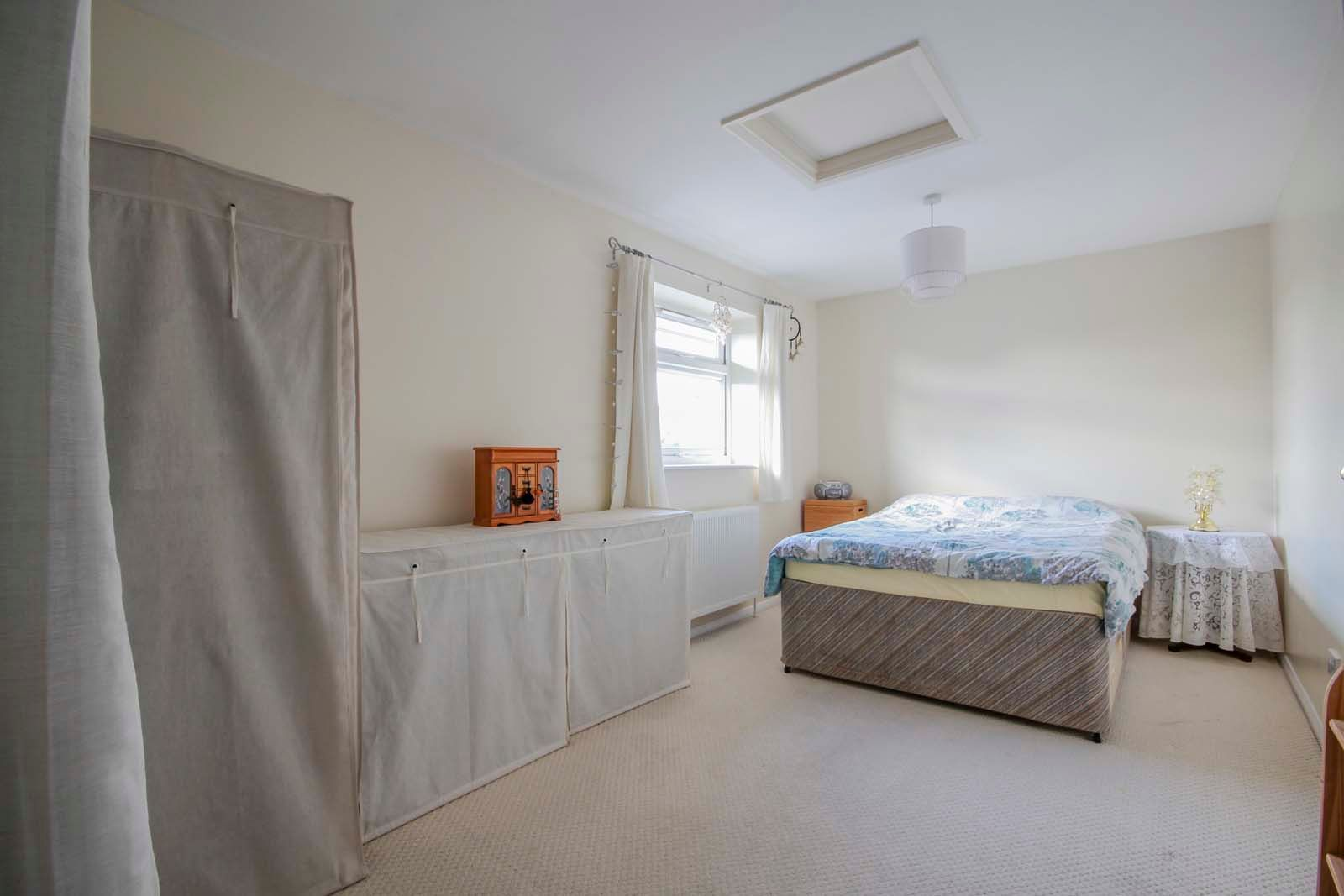 4 bed house for sale in Bellview Road 6