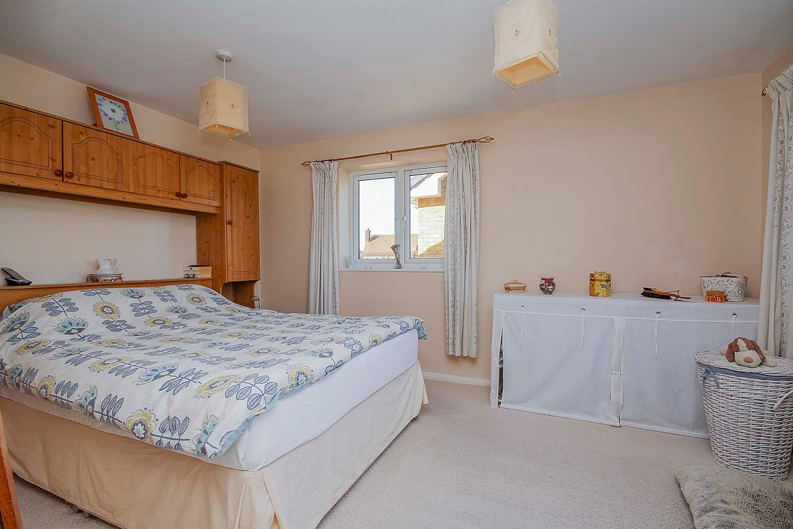 4 bed house for sale in Bellview Road 7