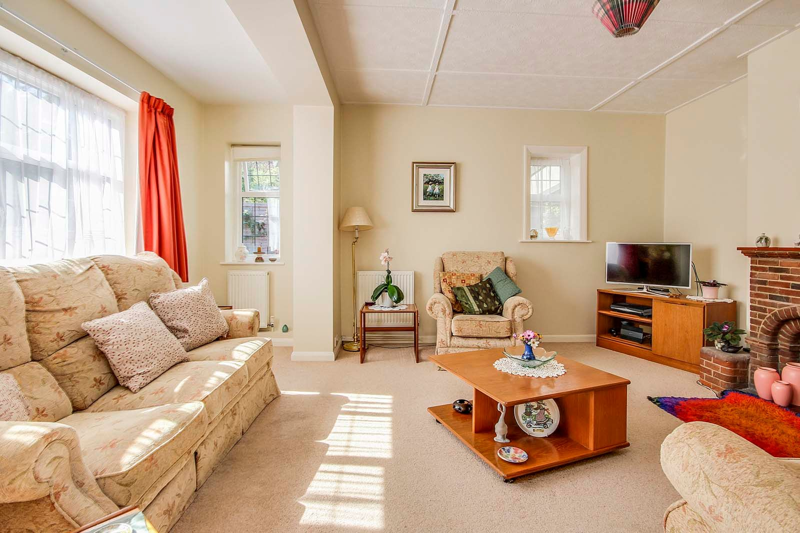 4 bed house for sale in Bushby Avenue 15