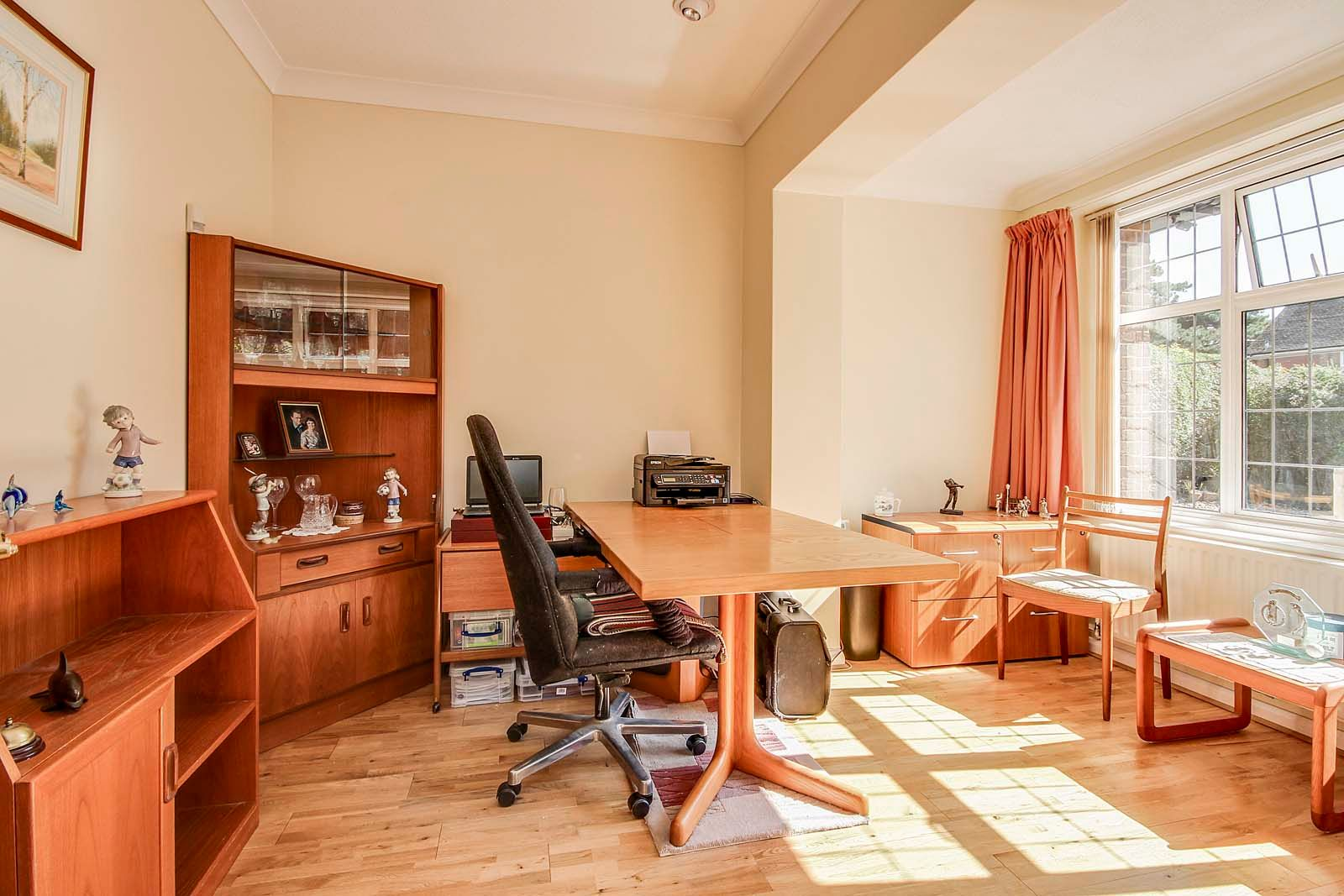4 bed house for sale in Bushby Avenue 10