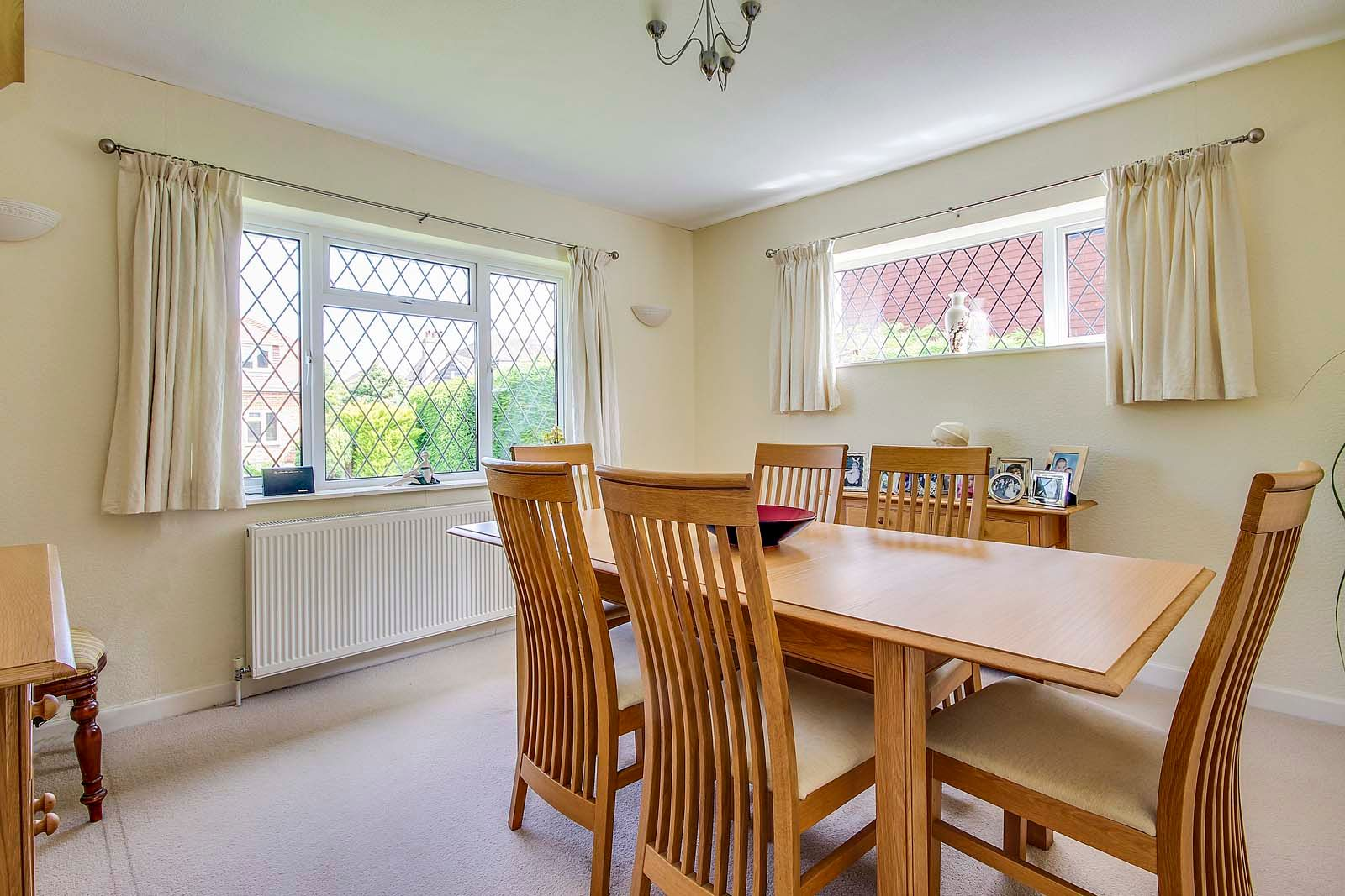 3 bed House for sale in Rustington - Dining room (Property Image 3)