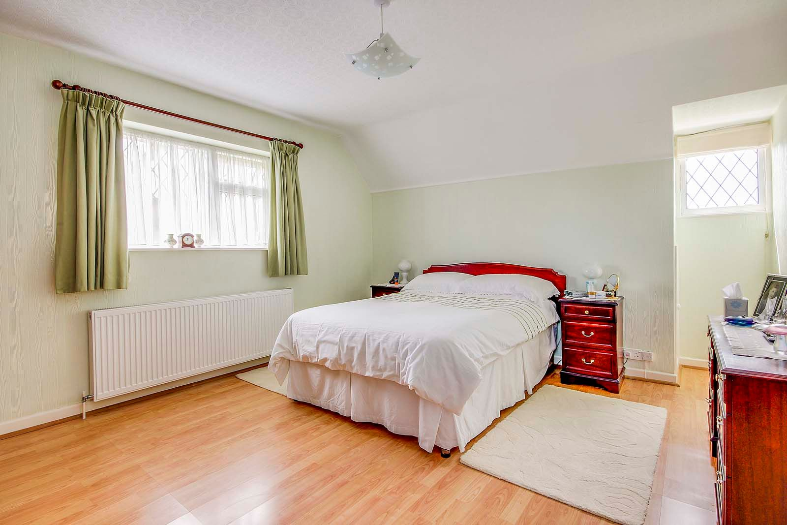 3 bed House for sale in Rustington - Bedroom (Property Image 4)
