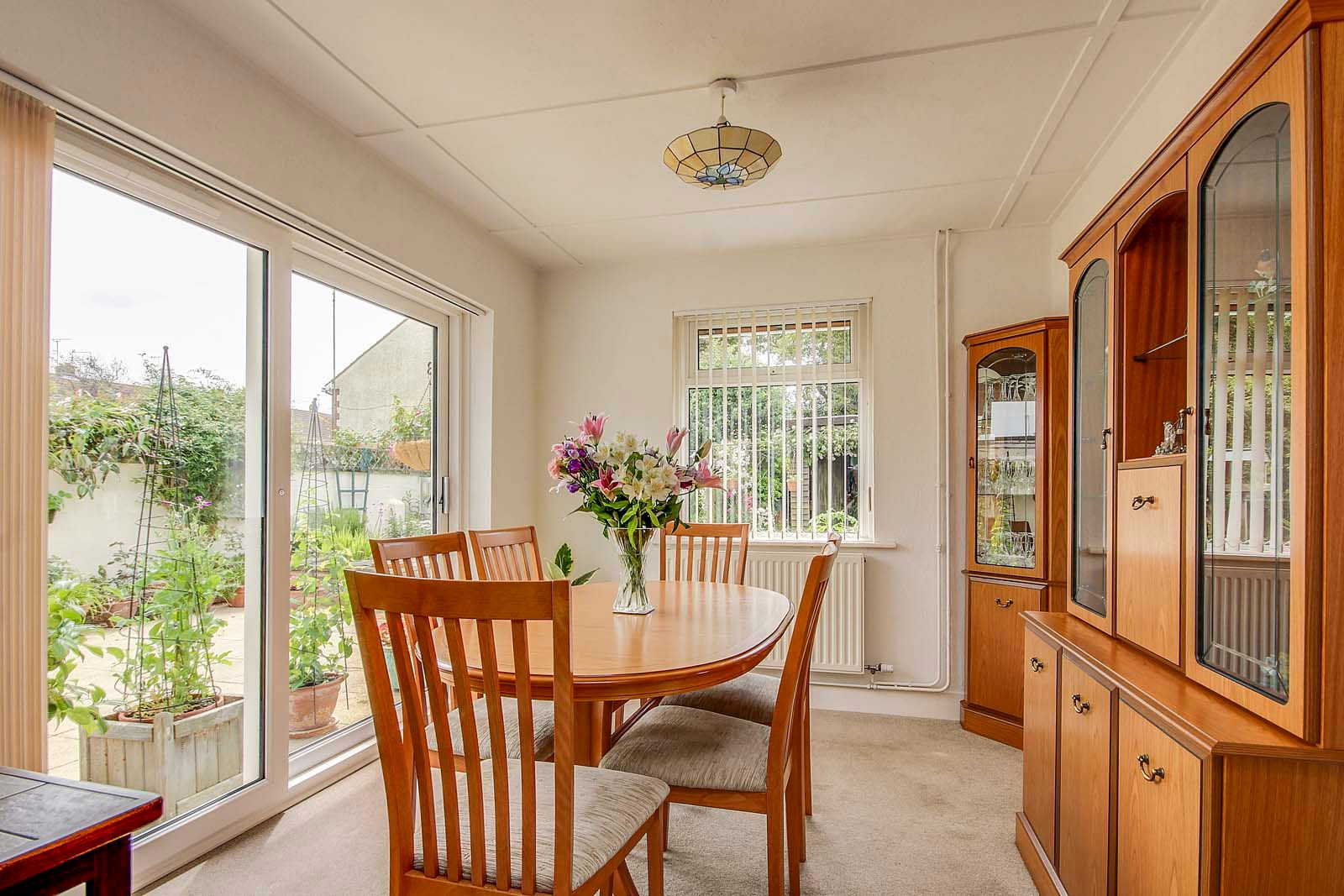 2 bed bungalow for sale in Grand Avenue  - Property Image 2