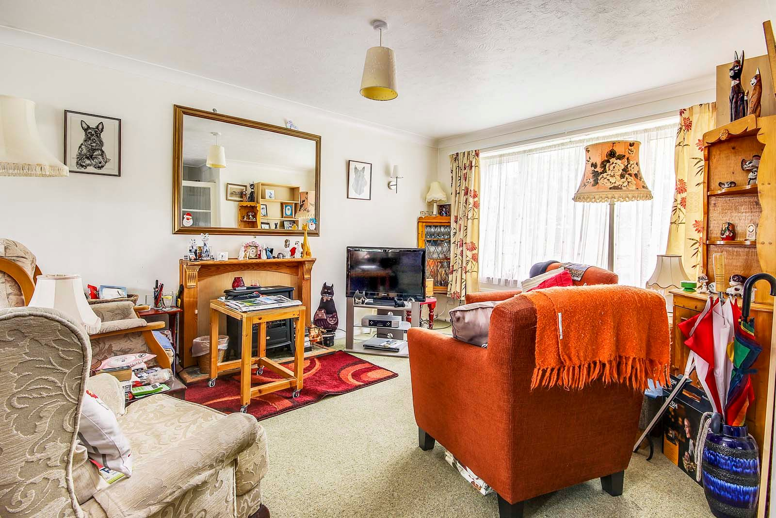 3 bed house for sale in Arundel Garden  - Property Image 2