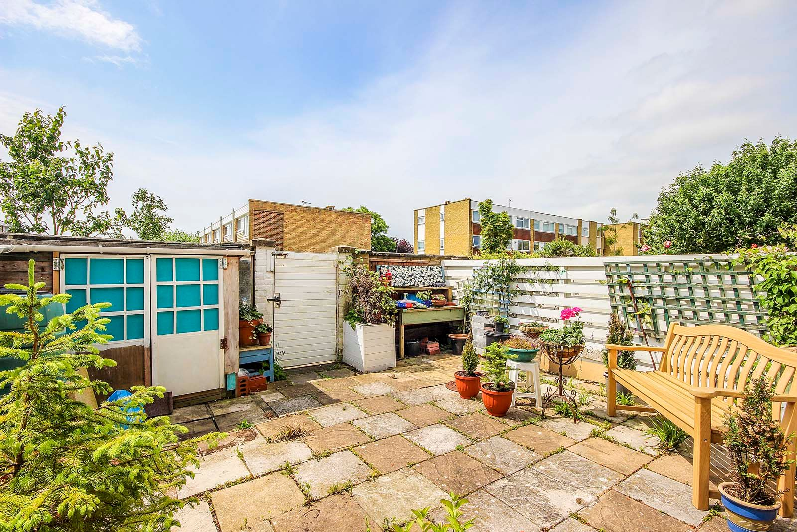 3 bed house for sale in Arundel Garden  - Property Image 3