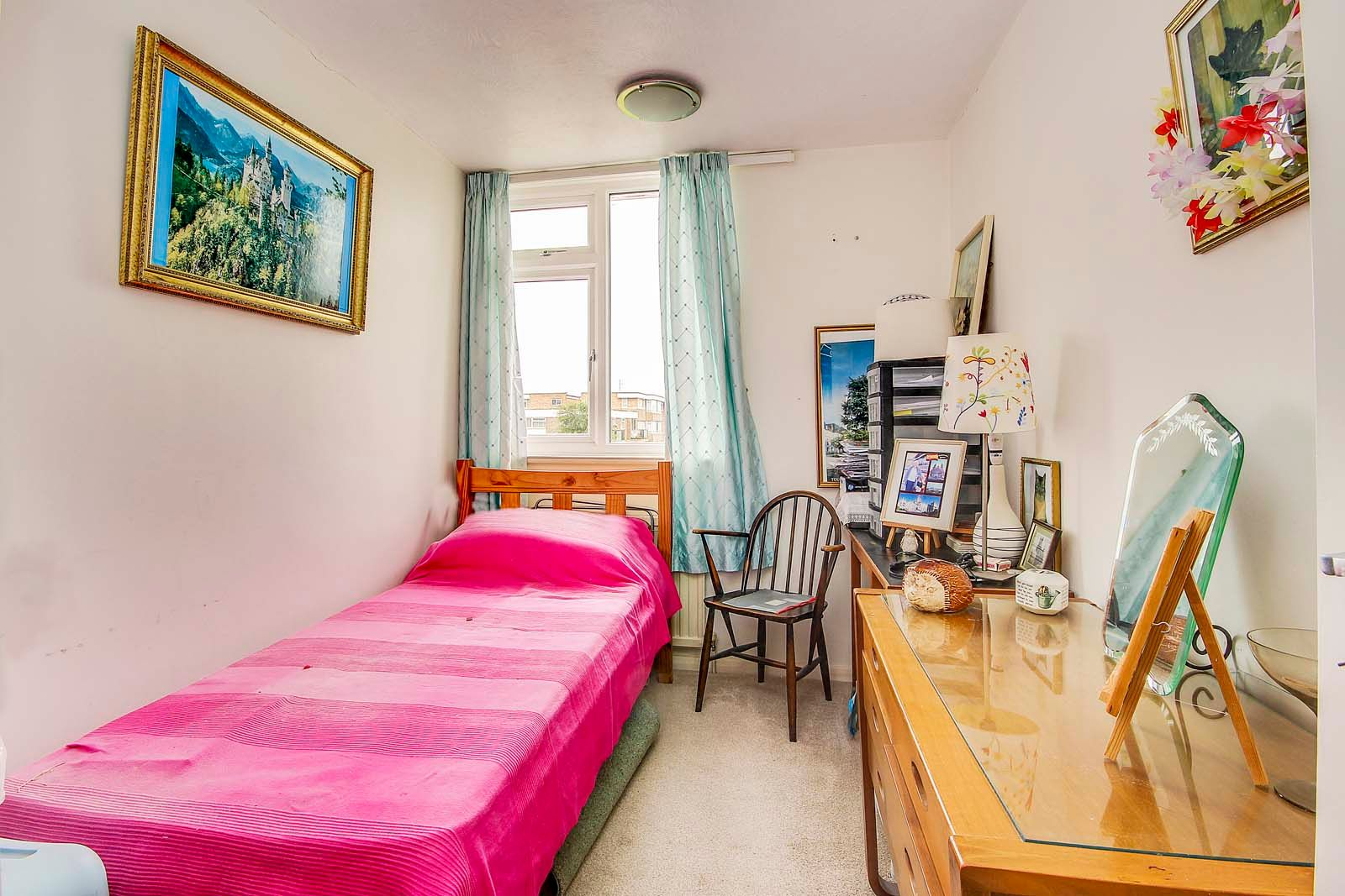 3 bed house for sale in Arundel Garden  - Property Image 7