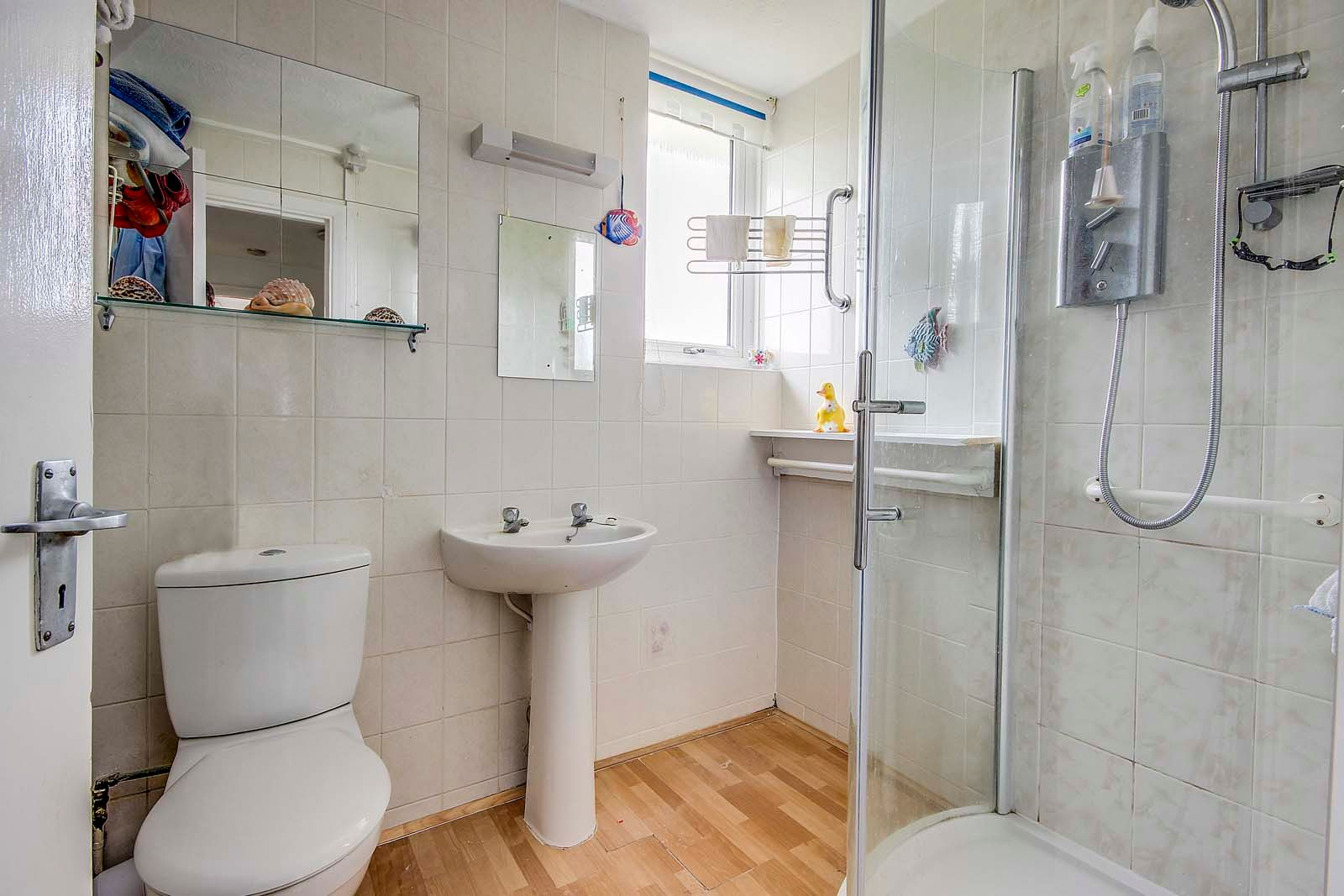 3 bed house for sale in Arundel Garden  - Property Image 8