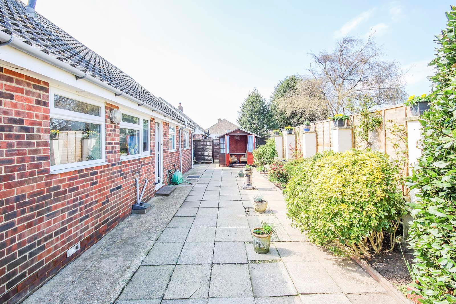 3 bed bungalow for sale in Greenbushes Close 10