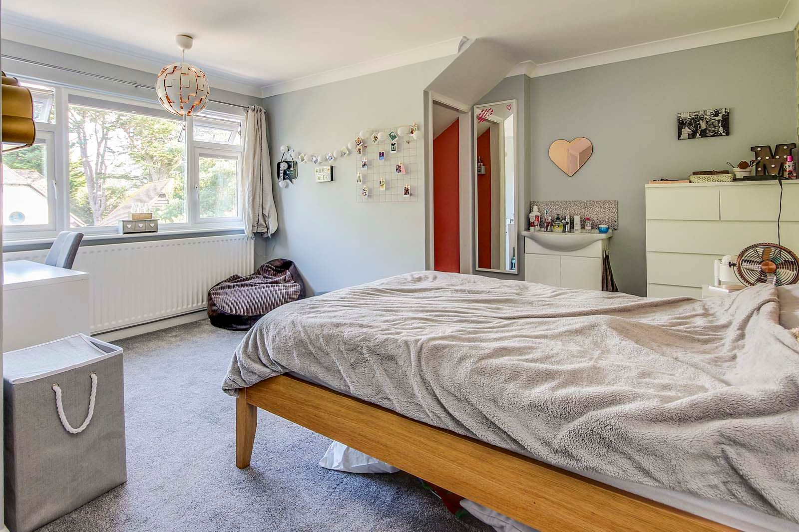 4 bed House for sale in Rustington - Bedroom (Property Image 11)