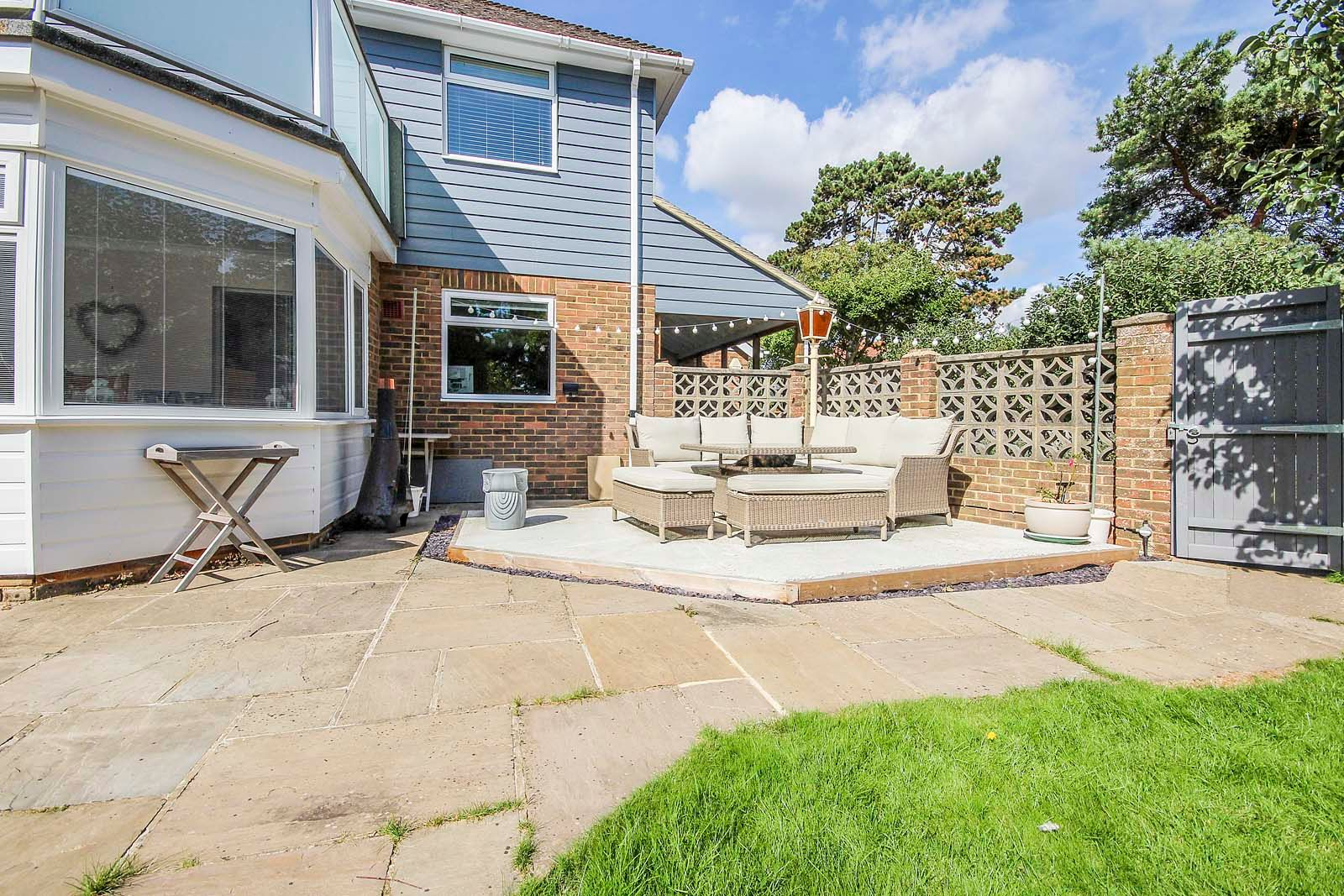 4 bed house for sale in COMPLETED 23/8/19 The Roundway 13