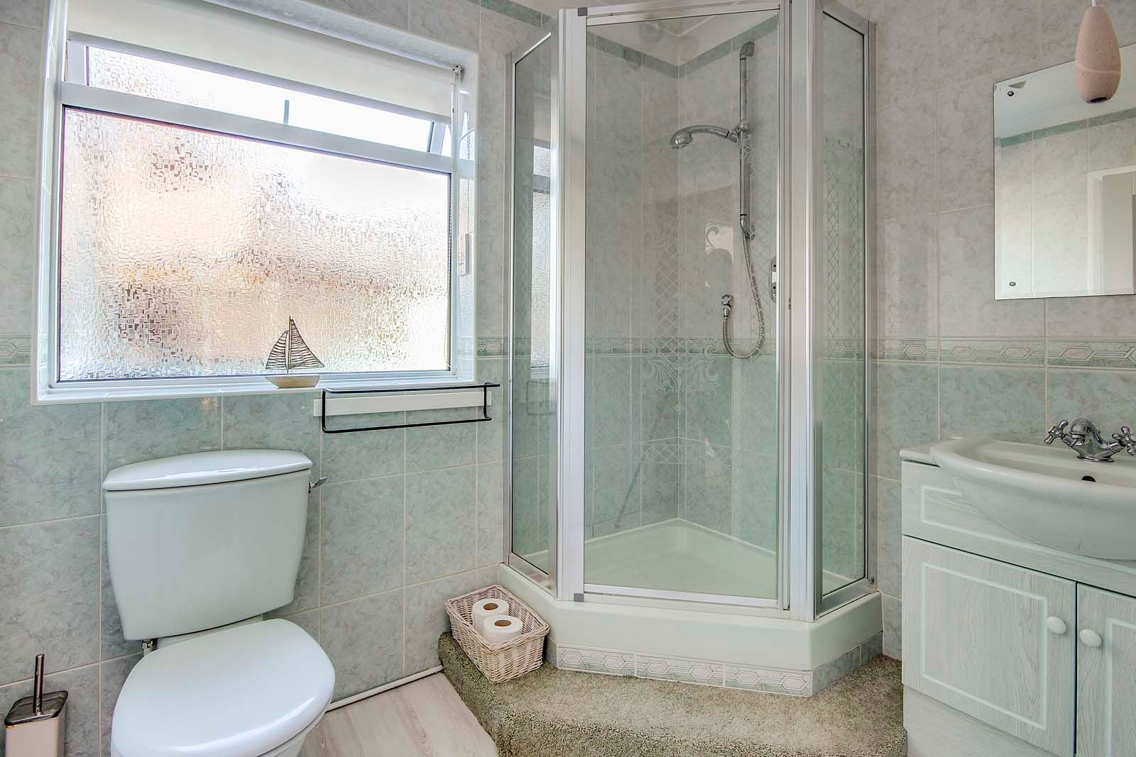 4 bed House for sale in Rustington - Shower room (Property Image 14)