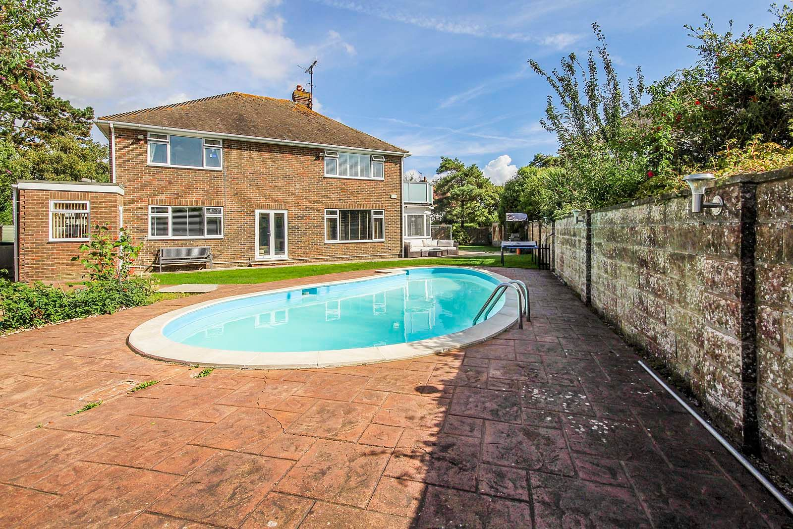 4 bed House for sale in Rustington - Rear picture (Property Image 18)
