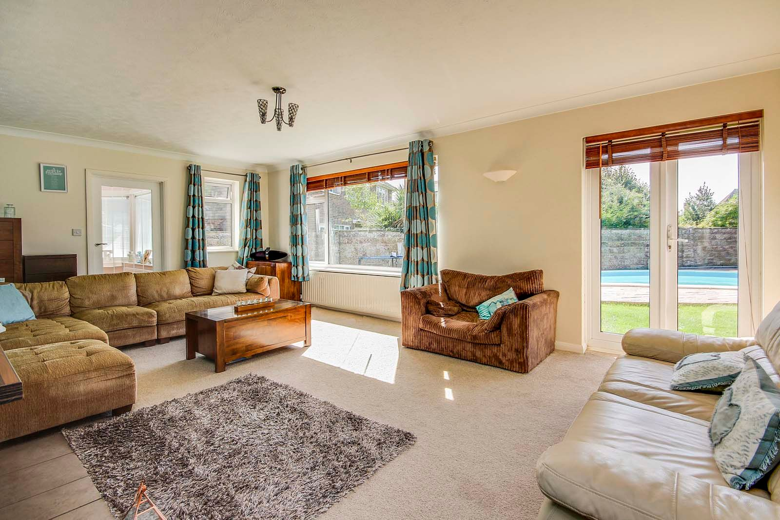 4 bed house for sale in COMPLETED 23/8/19 The Roundway 4