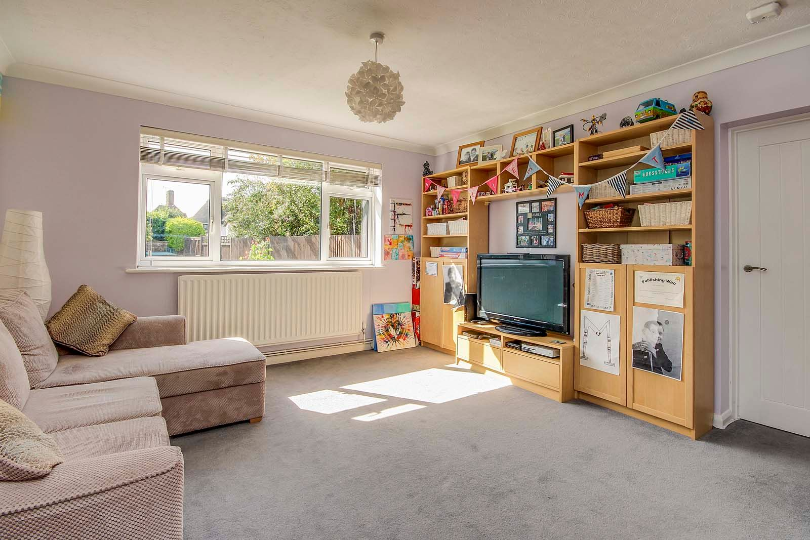 4 bed House for sale in Rustington - Bedroom (Property Image 4)