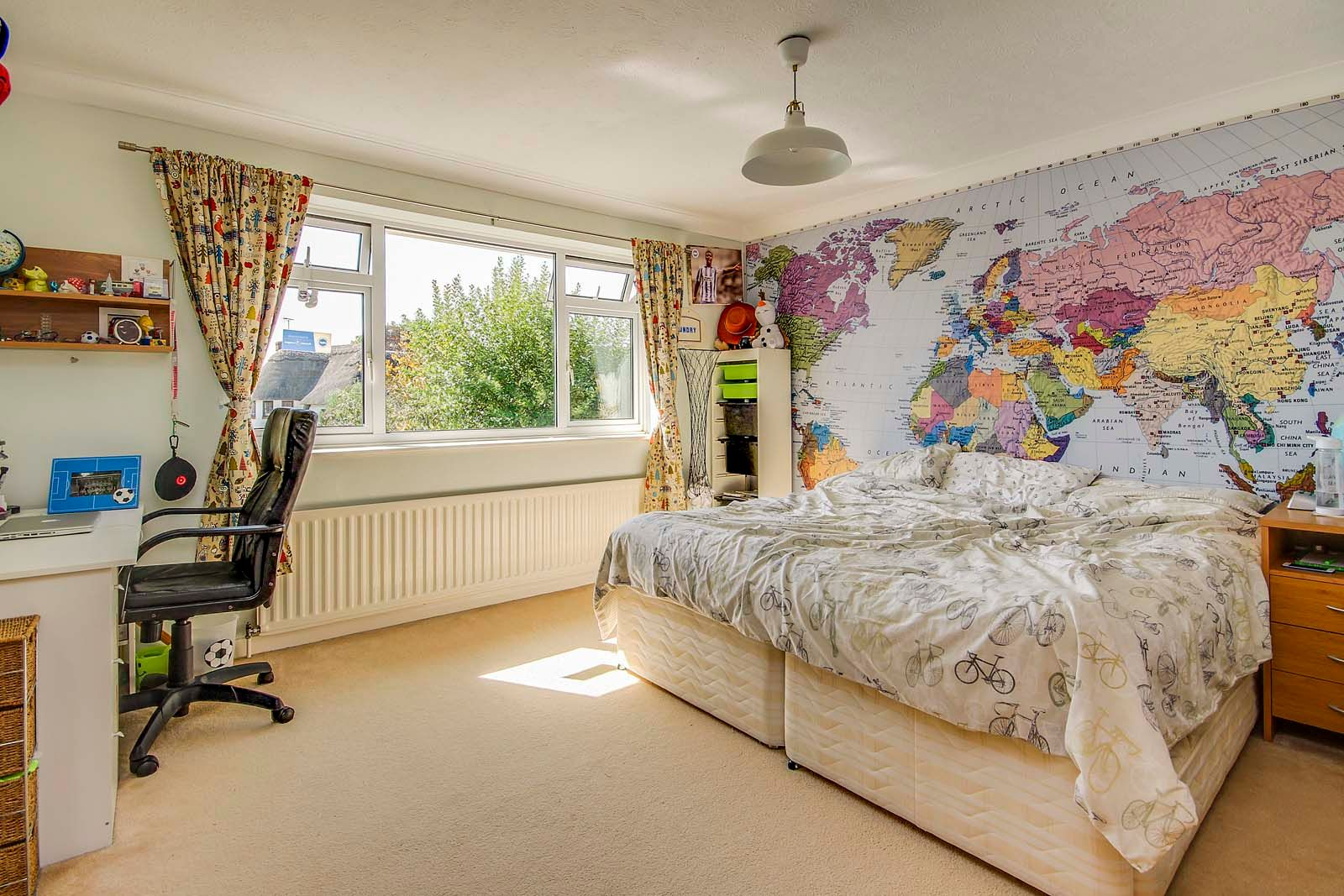 4 bed House for sale in Rustington - Bedroom (Property Image 6)