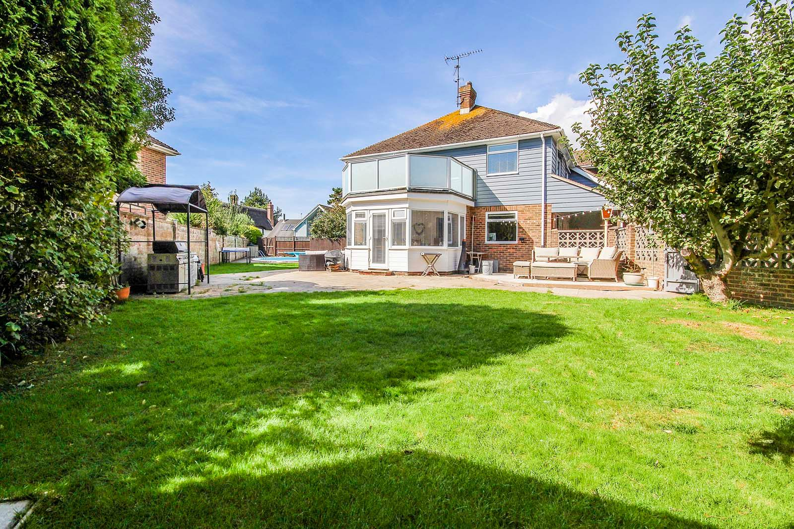 4 bed House for sale in Rustington - Garden (Property Image 9)