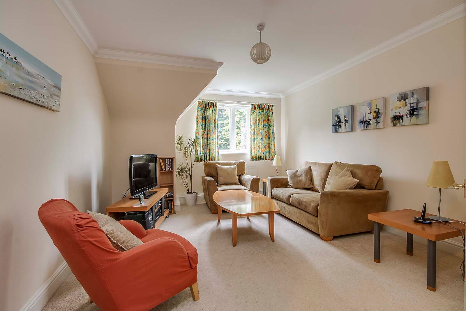 3 bed  for sale in Cleeves Way 2