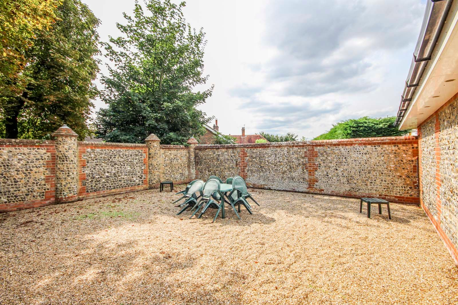 3 bed  for sale in Cleeves Way  - Property Image 14