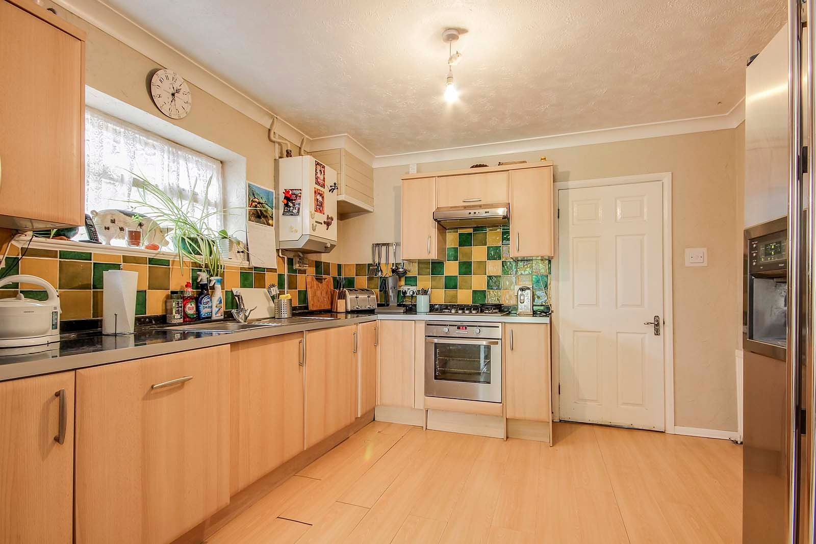 4 bed house for sale in Thorncroft Road 4