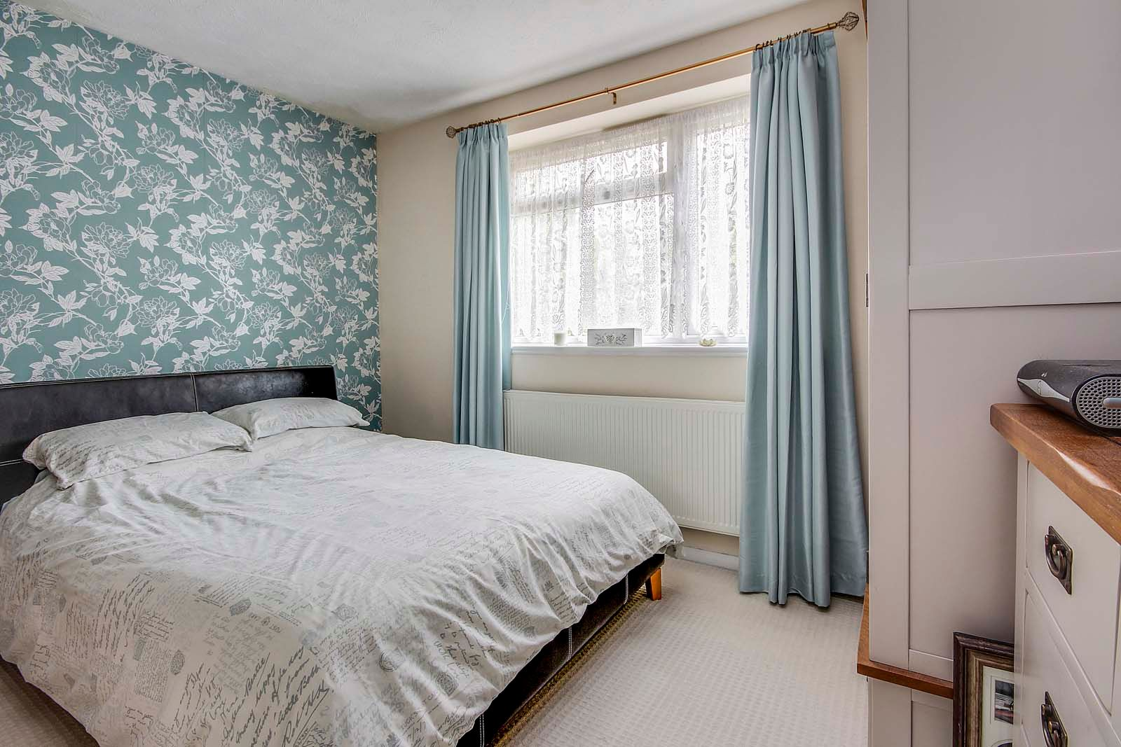 4 bed house for sale in Thorncroft Road  - Property Image 5