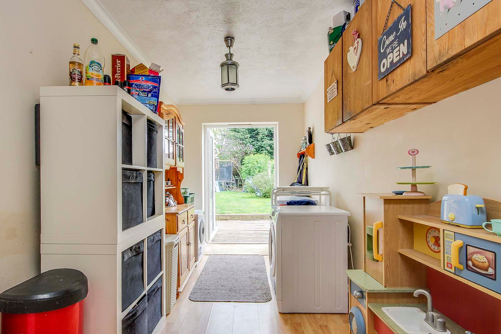 4 bed house for sale in Thorncroft Road 6