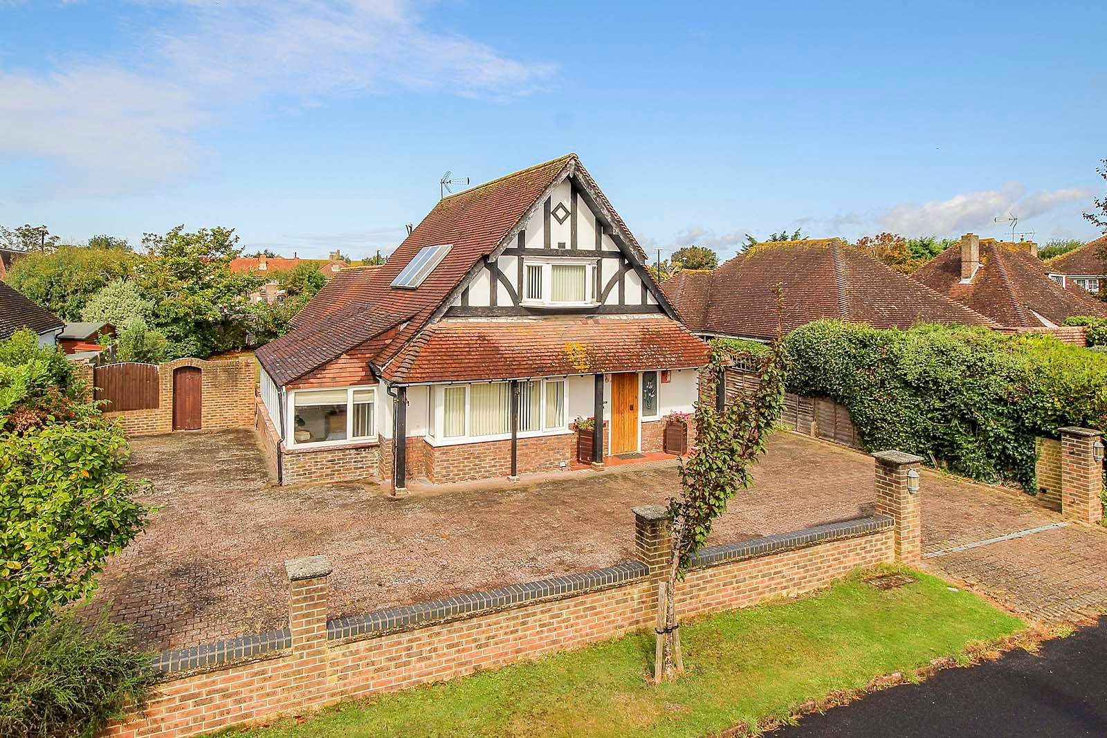 4 bed house for sale in The Bramblings - Property Image 1