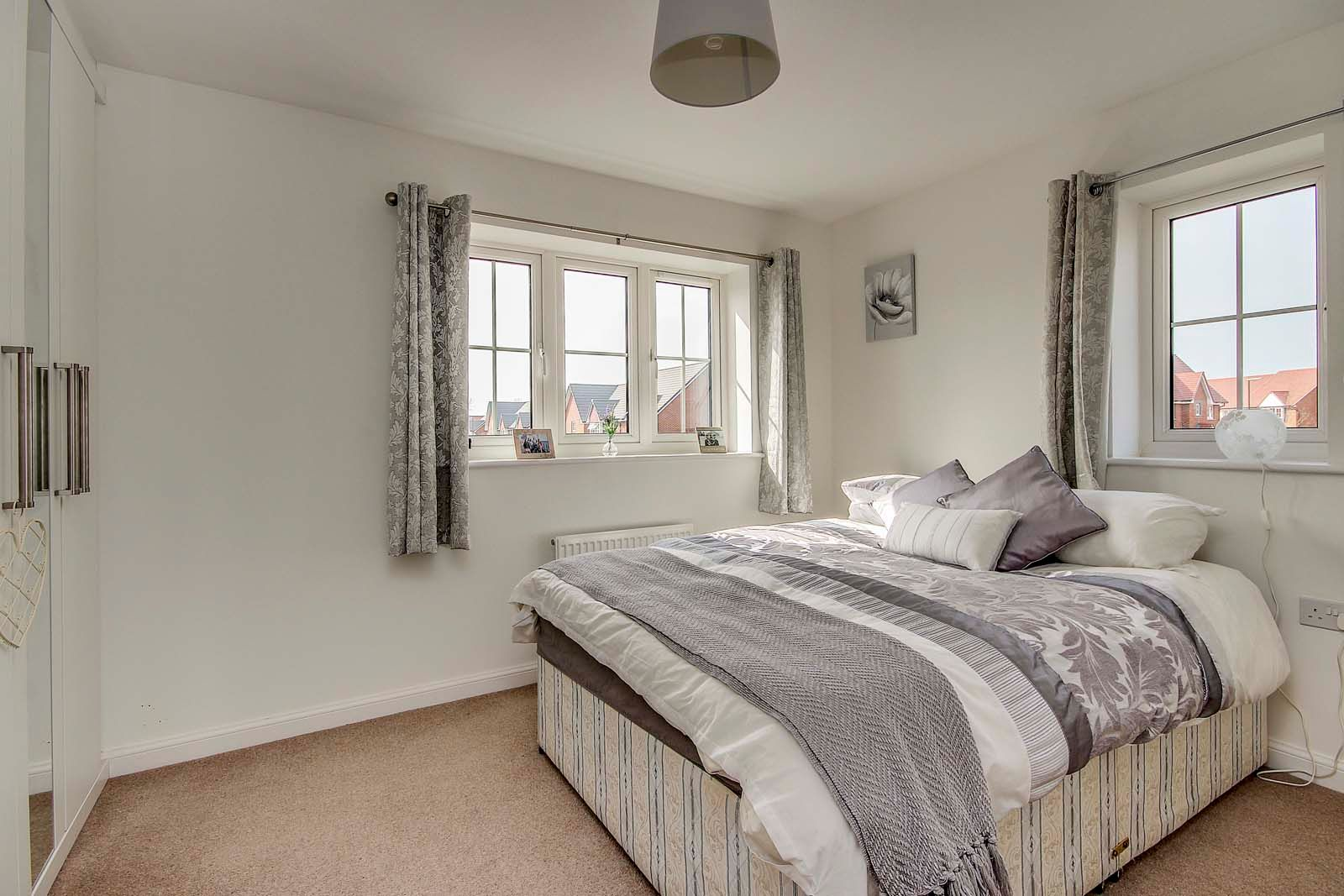 3 bed house for sale in Ockenden Road  - Property Image 8