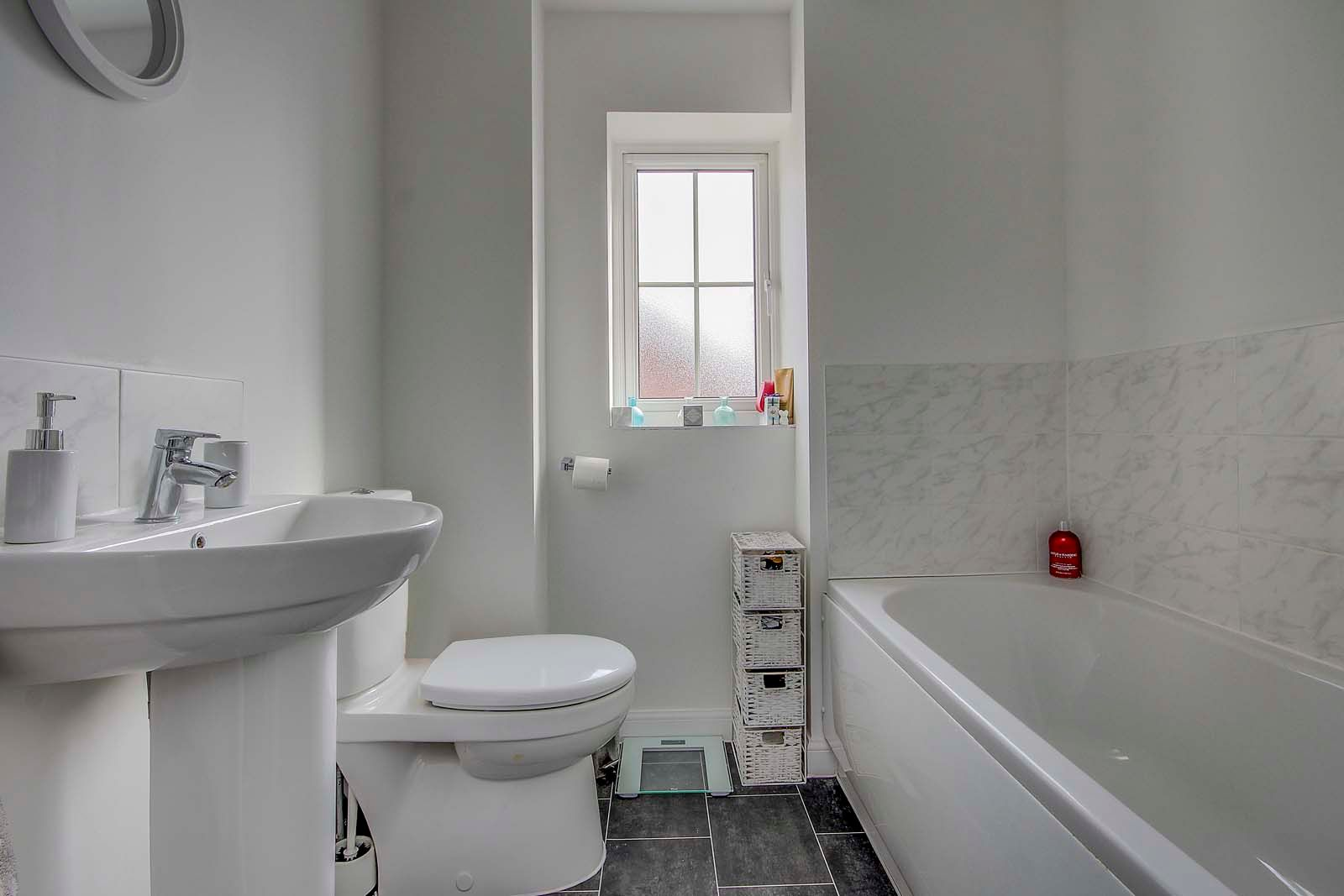 3 bed house for sale in Ockenden Road 10