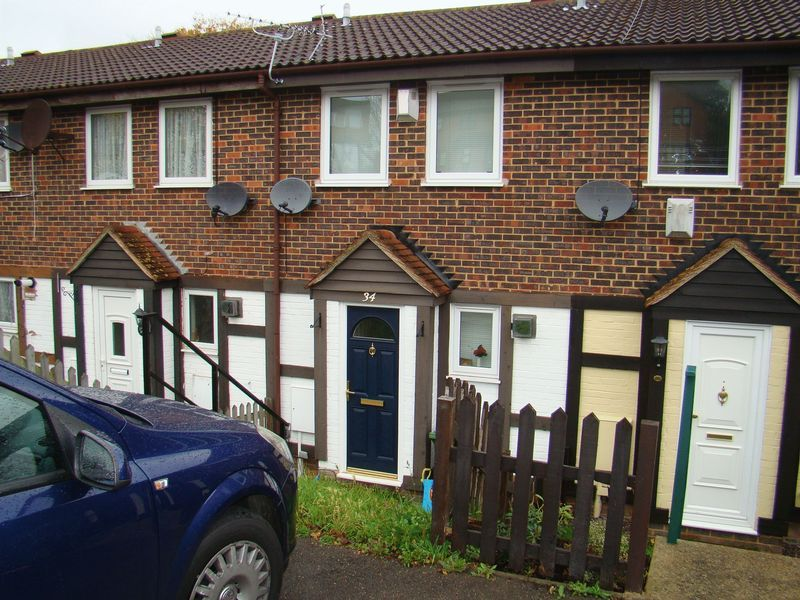 2 bed  to rent on Heritage Road
