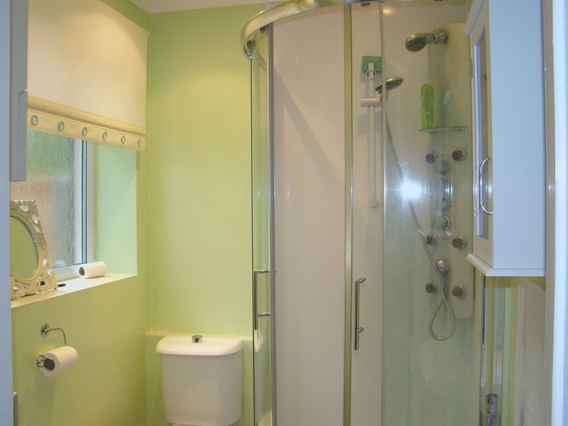 3 bed  to rent on Dial Road  - Property Image 6