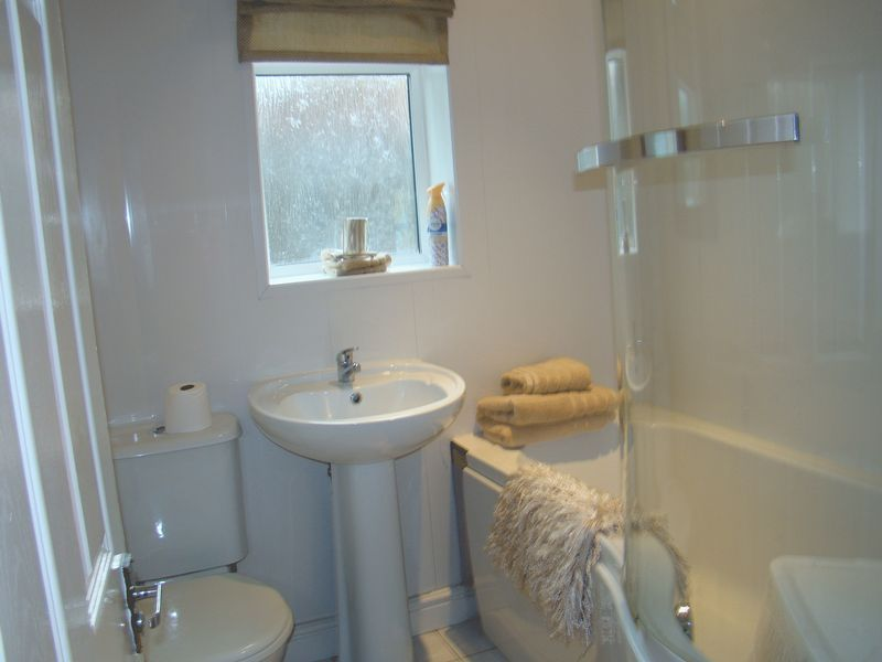 3 bed  to rent on Dial Road  - Property Image 8