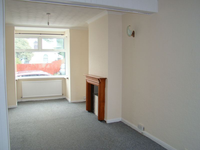 3 bed house to rent in Gillingham Road  - Property Image 2