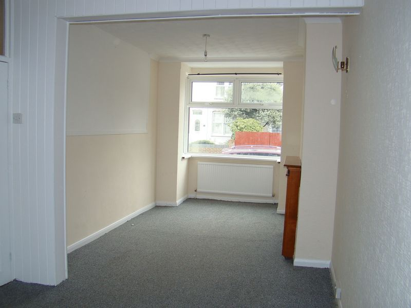 3 bed  to rent on Gillingham Road  - Property Image 3