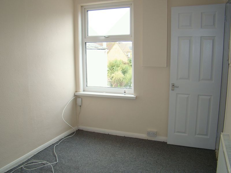 3 bed house to rent in Gillingham Road  - Property Image 7
