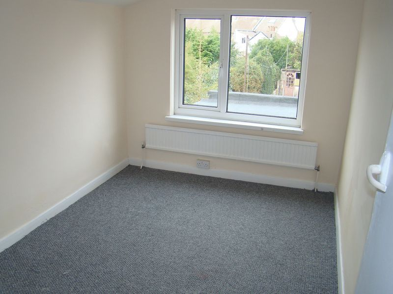 3 bed  to rent on Gillingham Road  - Property Image 8
