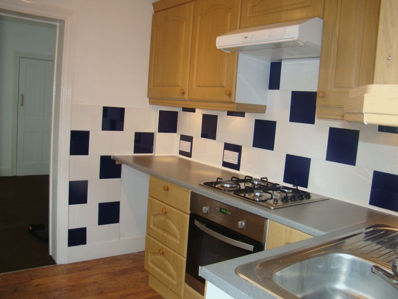3 bed  to rent on Eva Road  - Property Image 2