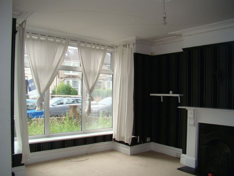 3 bed house to rent in Mcleod Road  - Property Image 2