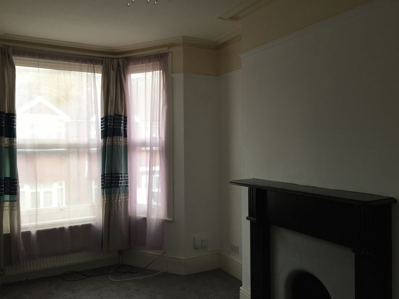 4 bed  to rent on Rochester Street  - Property Image 10